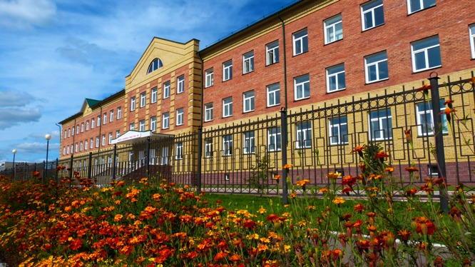 school_nazaevskiy